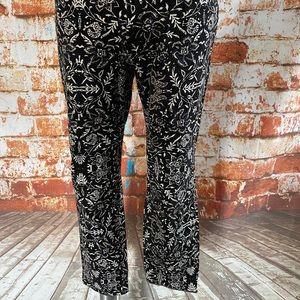 Old navy the diva black navy patterned pants 10
